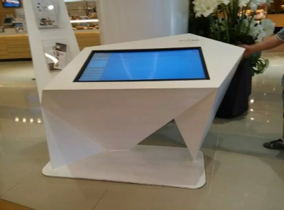 Touch information Desk Kiosk use in Mall